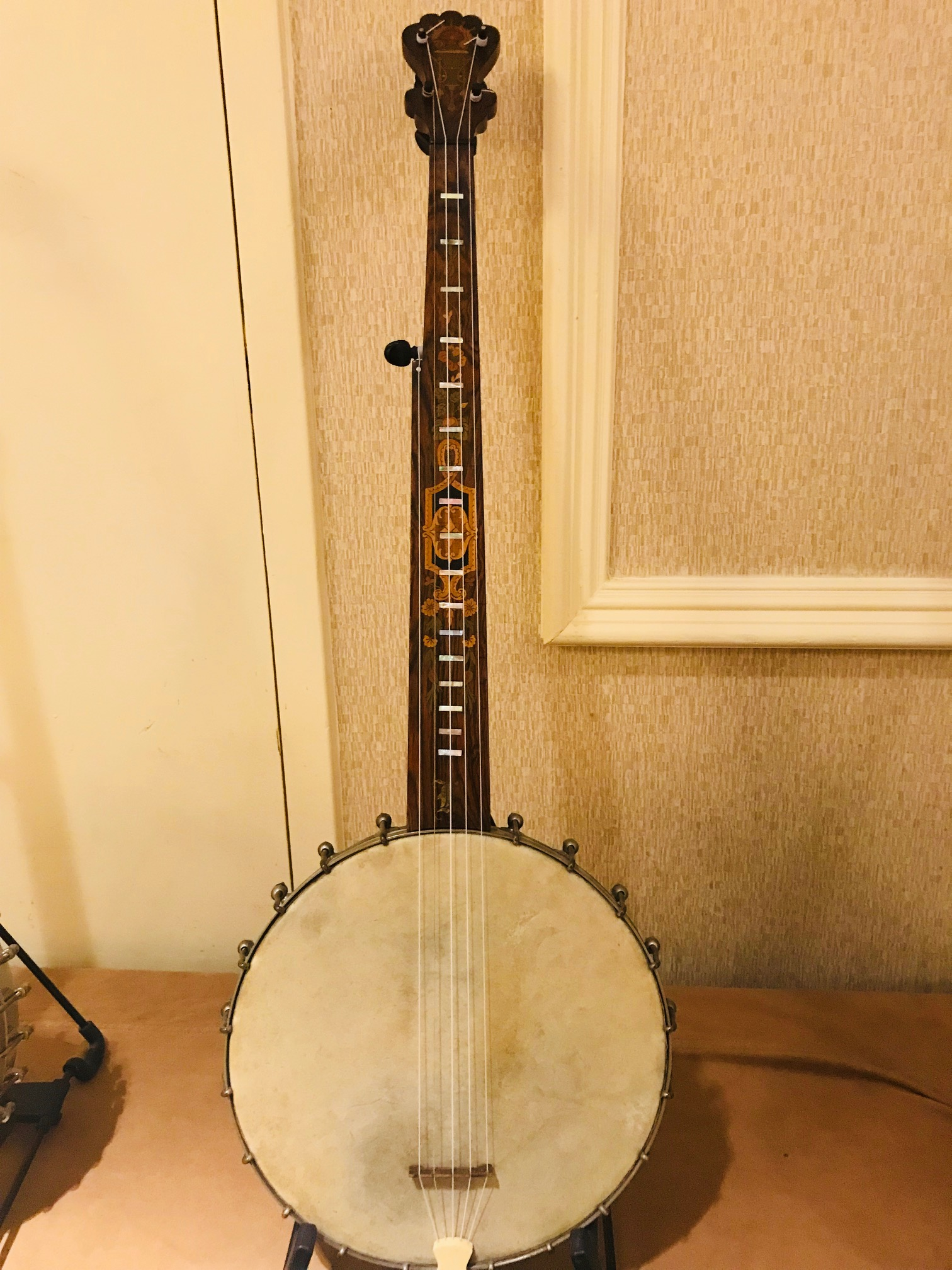 The Glory Beaming Banjo! - WRIR 97 3 fm - Richmond